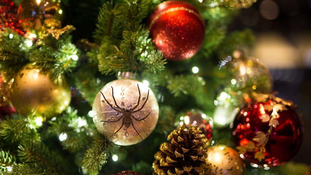 xmas tree bugs 1024x576 1